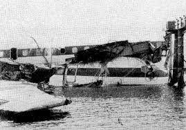日本航空350便墜落事故